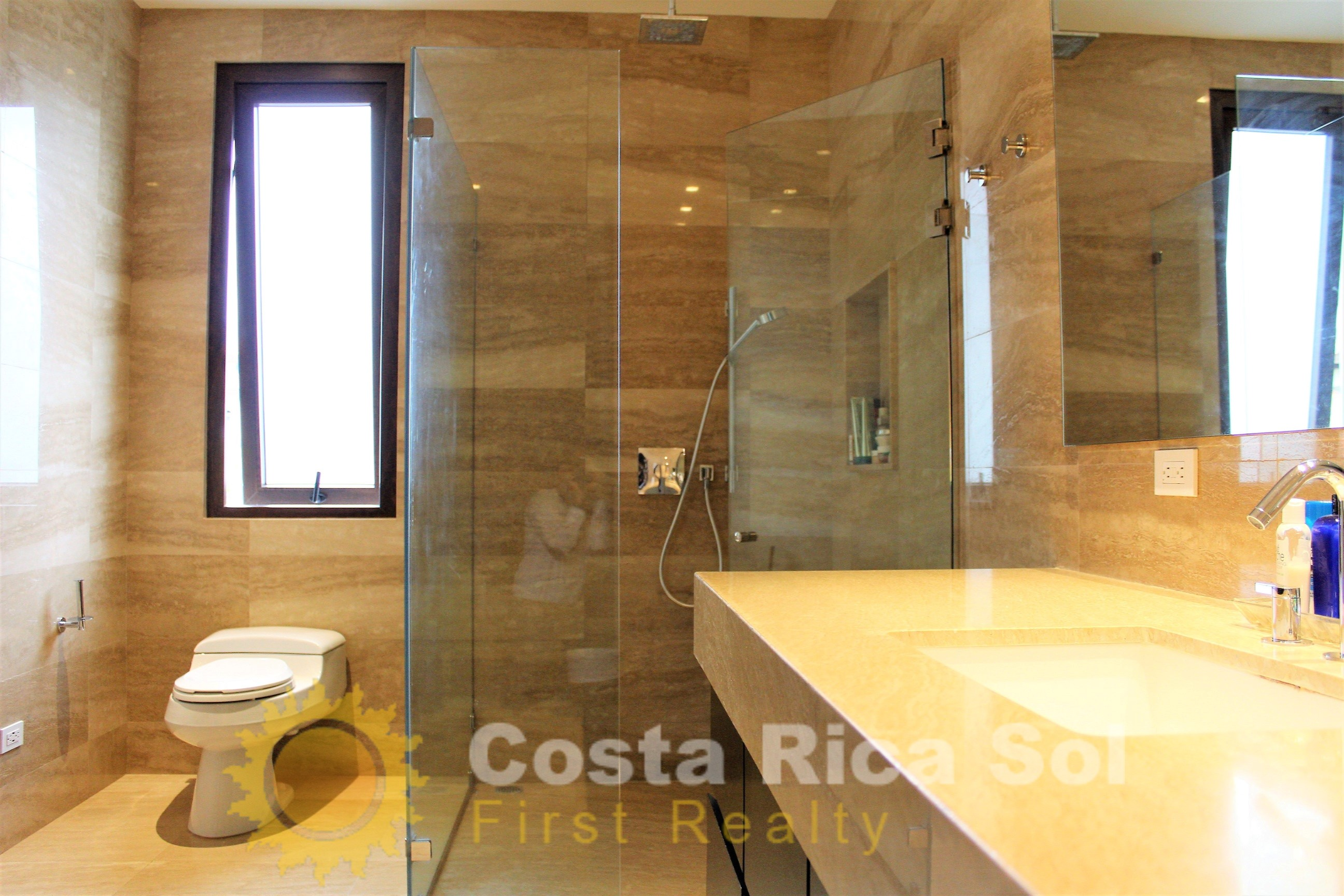 //costaricasol.com/images/jux_real_estate/realties/IMG_09161.jpg